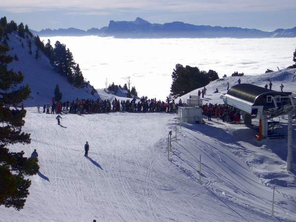ski-holidays-chamrousse-v15