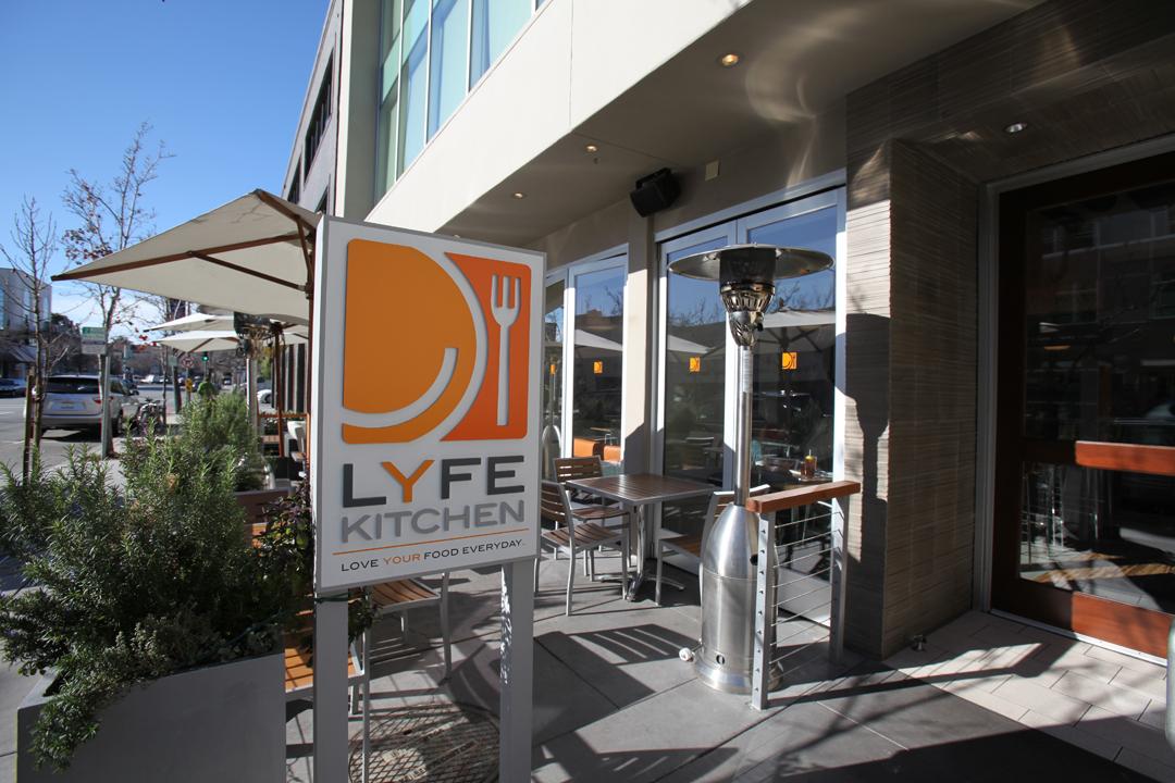 4 LYFE Kitchen