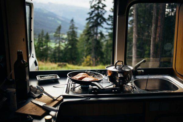 Camping : 3 véhicules aménagés absolument géniaux